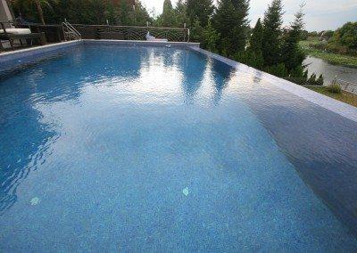 constructie-piscina-beton