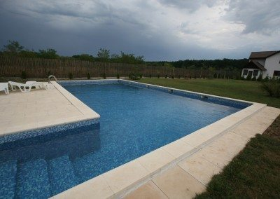 constructie-piscina-din-beton