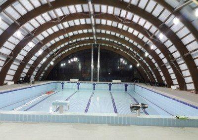 piscina-din-beton-cu-deversare
