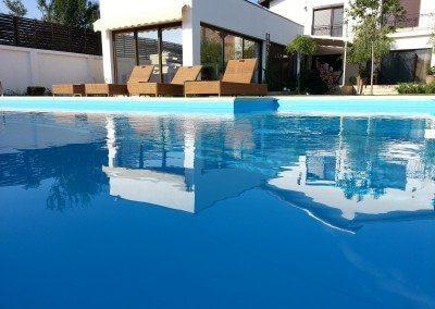 piscina-din-beton-cu-skimmer