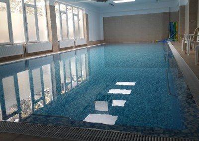 piscina-din-beton-placata-cu-vitroceramica