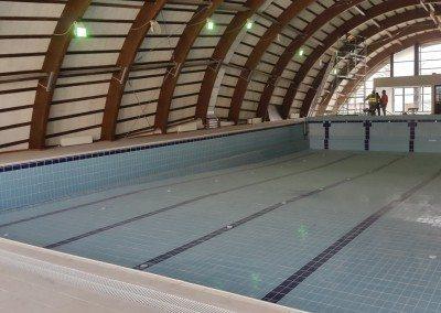 piscina-interioara-din-beton