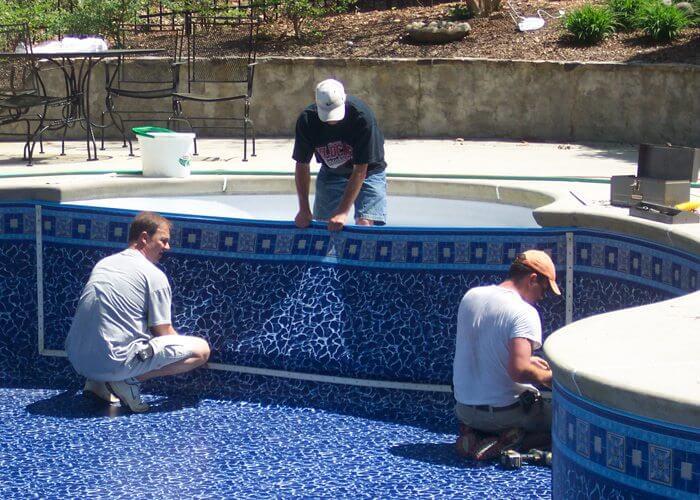 Ghid pentru constructie piscina in regie proprie tot ce for Costos de piscinas